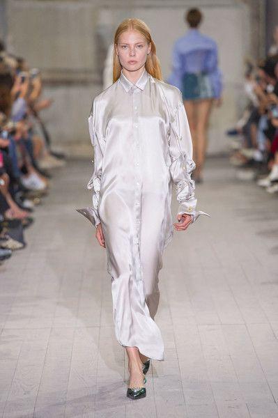 Y Project at Paris Fashion Week Spring 2017 - Runway Photos