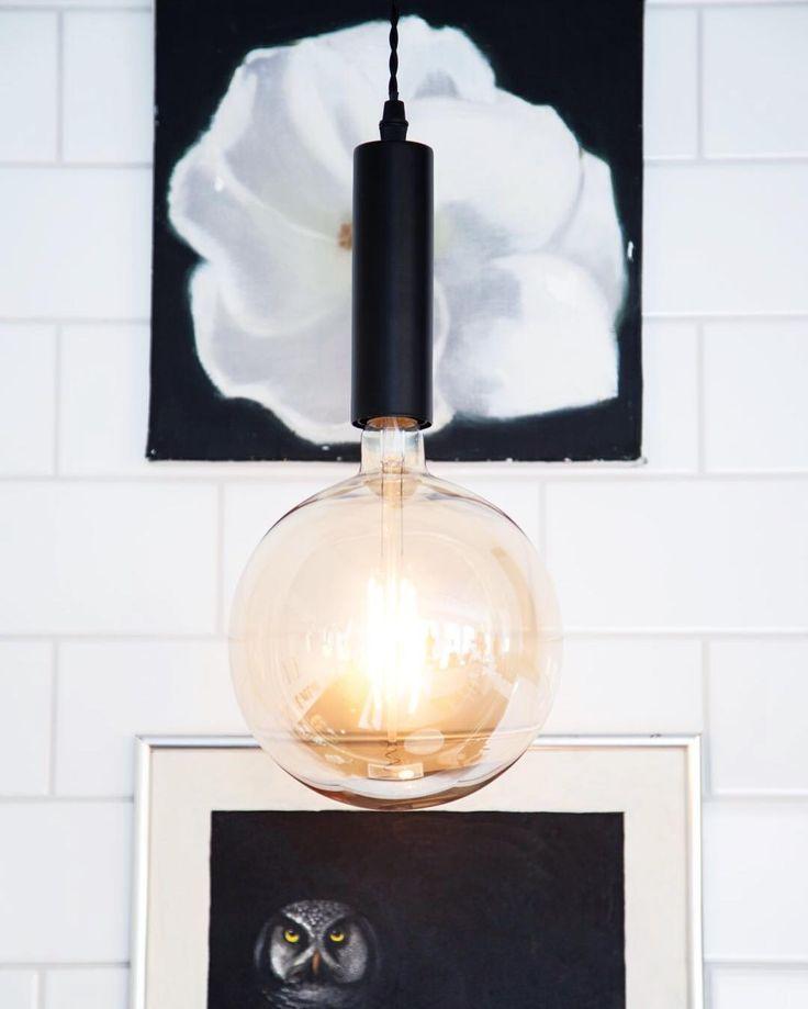 Black hanging lamp Have a great weekend everyone  #sessaklighting #sessak #lighting #lightingdesign #interior #interiorlighting #lightinspired #homeinspo #homedesign #scandinaviandesign #interiordecor #interiorinspiration #interiorinspo #interiorstyle #homelighting #lamp #luminaire #valaisin #sisustus