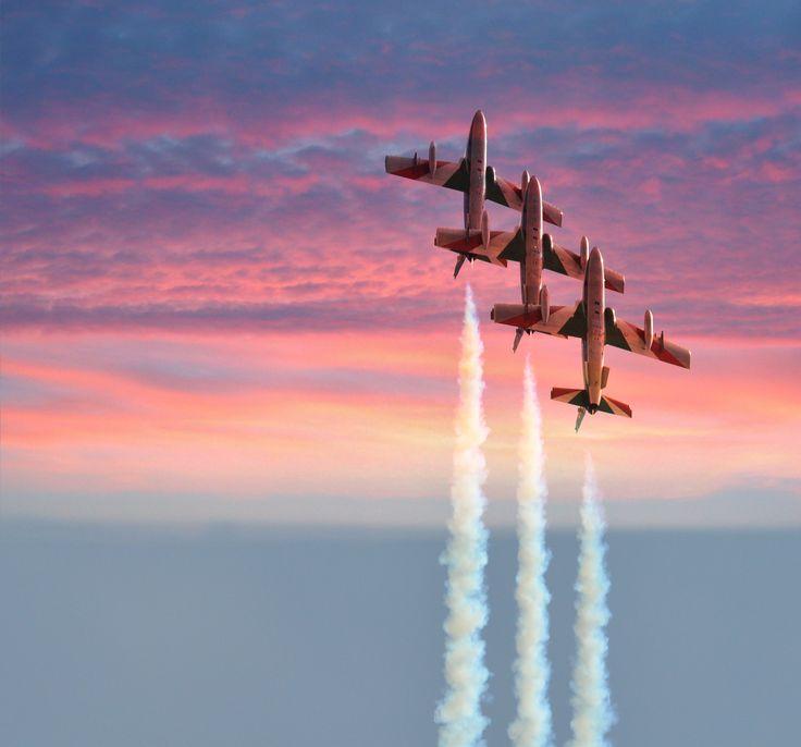 Italian Frecce Tricolori - The Italian Air Force Aerobatic Team - Le Frecce Tricolori.