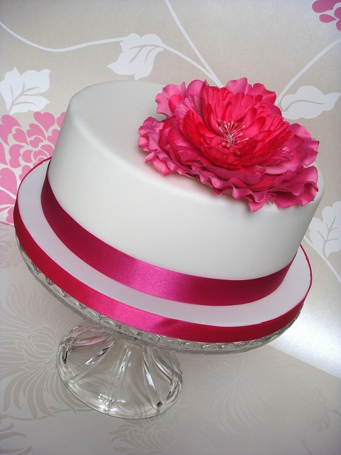 Hot pink cake by smithy.claire, via Flickr