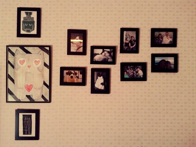 Yearbook on the wall. And it's getting bigger and bigger.