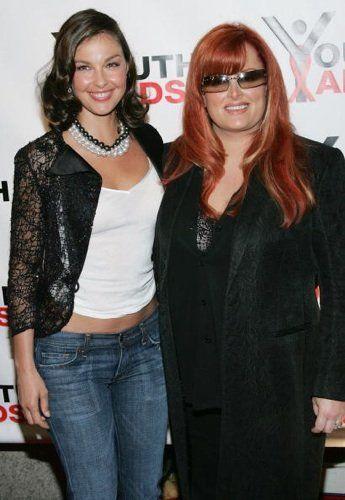 Wynonna and Ashley Judd
