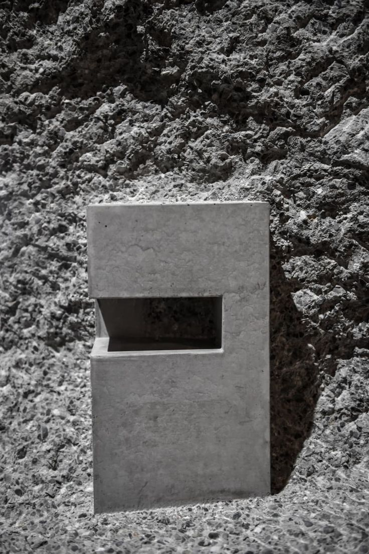 Marte.Marte Architekten · 15 BIENNALE DI VENEZIA. Concrete Cubes and Screens