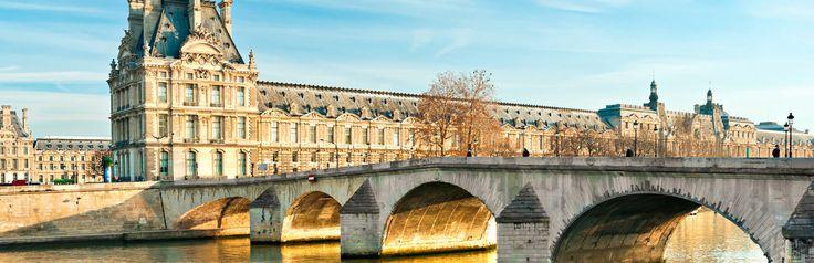 https://www.cityspotters.com Een bezoek aan het Louvre moet op je lijstje staan bij een bezoek aan Parijs! Naast de Mona Lisa van Leonardo da Vinci is er veel moois te zien. Parijs, Frankrijk, vakantie, reizen, stedentrip