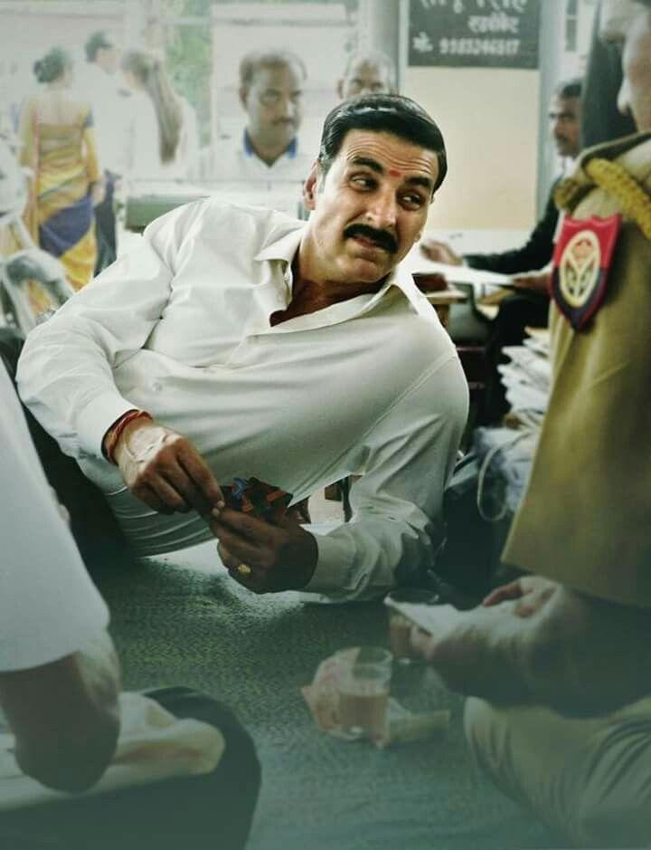 Akshay Kumar in Jolly photocredit Star Film Hindu