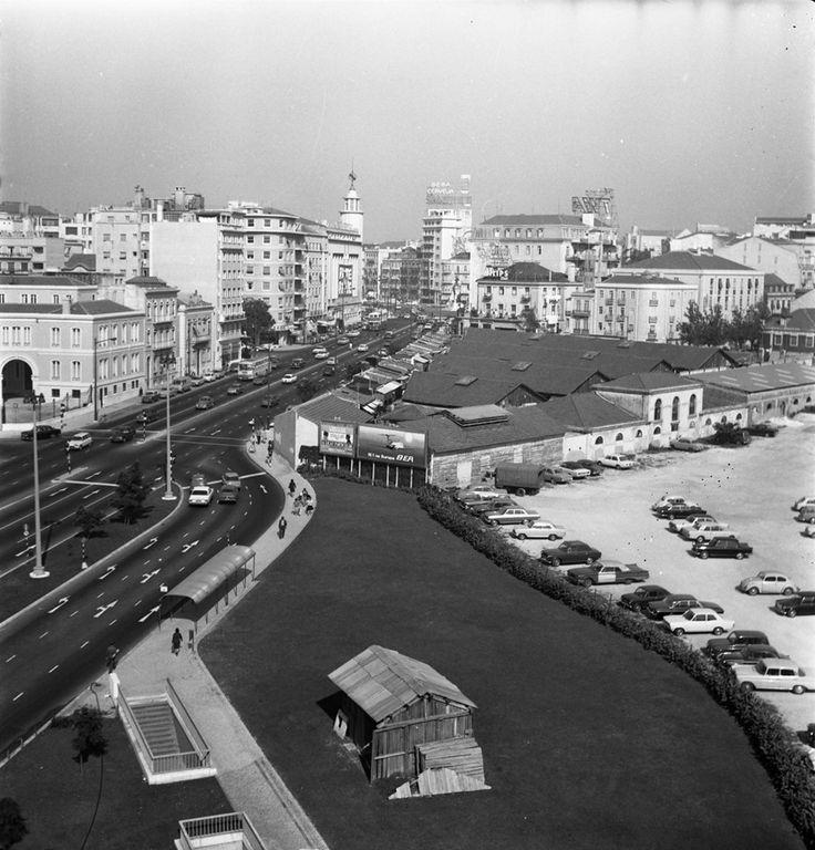 Mercado 31 de Janeiro ou Mercado do Gado. Av. Fontes Pereira de Melo, Lisboa, Foto de 1969