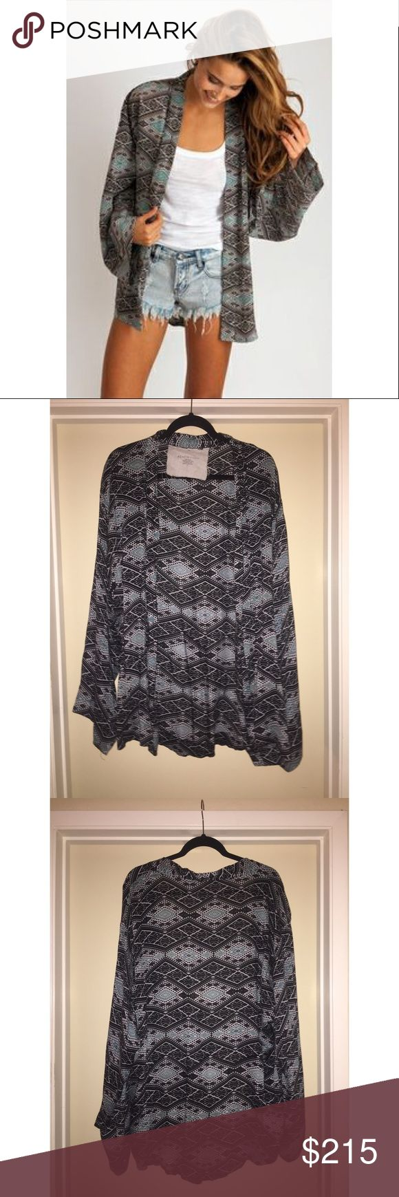 Acacia Shibuya Kimono in Thai New without tags, never worn, perfect condition. Oversized Kimono great for a swim suit coverup or cute addition to any outfit! acacia swimwear Swim Coverups