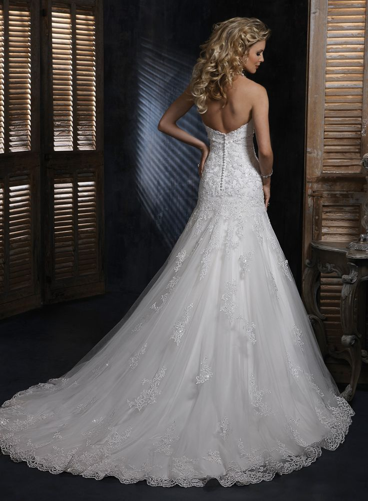 A Line Lace Wedding Dresses | Lace Sweetheart Strapless A-line Wedding Dress - Wedding Dresses ... (lace and flowers uhh beautiful)
