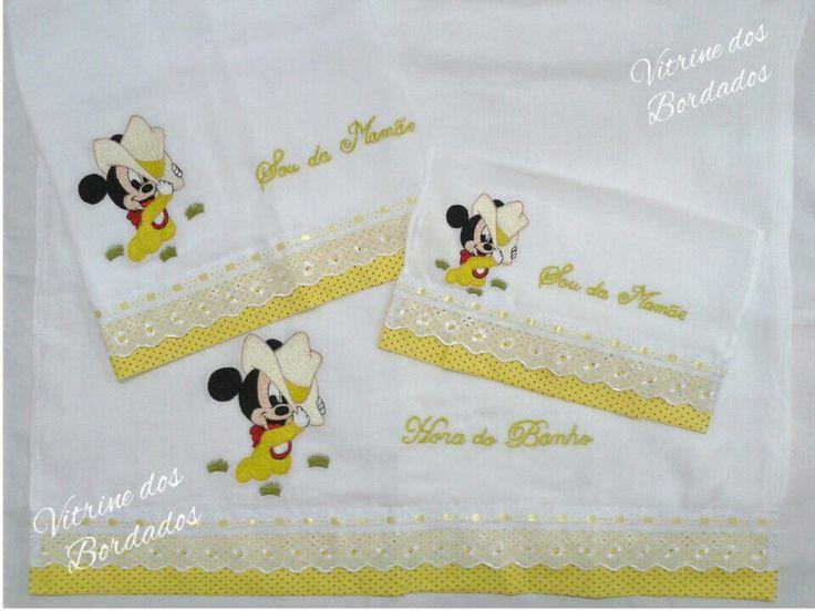 kit toalha fralda, fralda grande e fraldinha de boca bordadas com muito amor e carinho