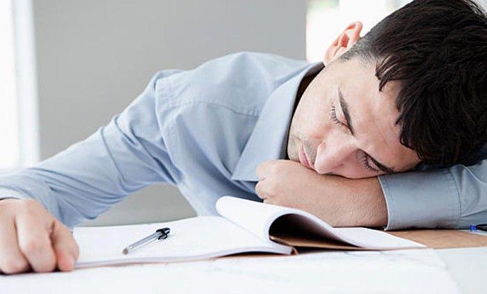 Sering Lupa? Mungkin Tidur Siang Setiap Hari Bisa Mengatasinya