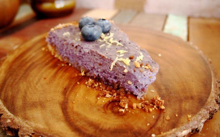 Vegan taartje met blauwe bessen en citroen (gebruik alpro yoghurt ipv silken tofu, want dat is nasty)
