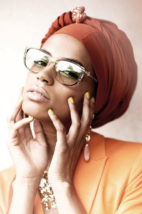 Fashion. Eye wear. Eyeglasses. Black woman.