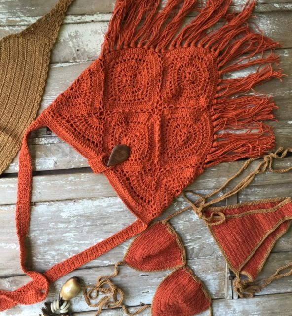 I kind of like the idea of a crochet bag and crocheted string bikini... and then I think of me... middle-aged, fat woman who doesn't like beaches and tanning... that might not be compatible with my lifestyle :-D