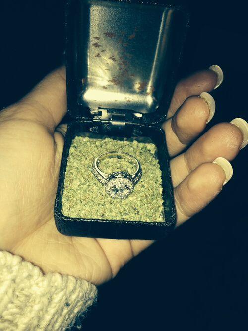propose to me like this, kay?