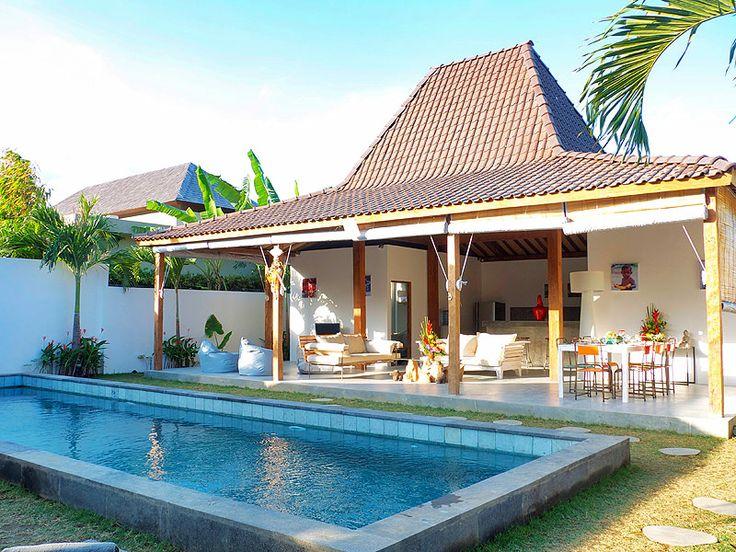 #Terrasse idéalement située afin de profiter pleinement du #petitdéjeuner et du lever de soleil.