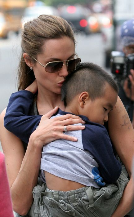 1000+ images about Angelina Jolie and Kissing on Pinterest ...