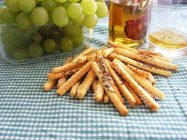 Salty sticks (fotorecept)  Use gluten free flour mix for flour sub.  These are a healthy cracker like snack with sprinkled herbs on top.