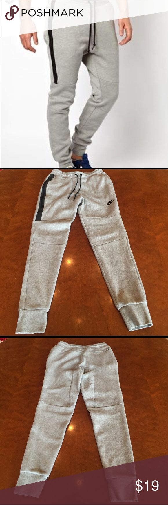 """Mens Nike Tech Fleece Jogger Size Small Nike Mens Tech Fleece Jogger Size Small. Awesome jogger!Worn once. 1/2"""" tear around knee area otherwise perfect. Priced right. Nike Pants"""