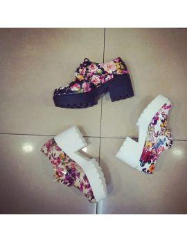Pantofi casual de lac cu print floral