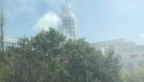 Ankara'da AVM'de yangın: Bina boşaltıldı