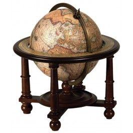 O marca a stilului si elegantei, globul de birou in cadru de lemn