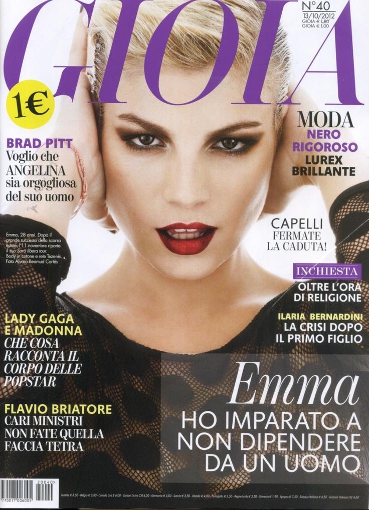 Emma, ambasciatrice Tezenis, sulla copertina di Gioia ITA