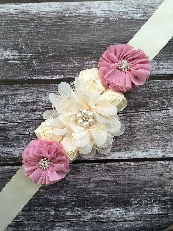 Marco rústico flor marfil, faja maternidad, fajas de boda, faja embarazo, sashe de Dama de honor, niña de las flores marco, bodas, vestido de marco,