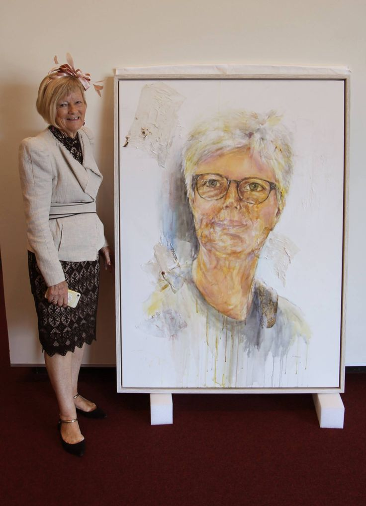 We're delighted to announce that Rosemary Payne's excellent Archibald entry portrait is on display now at the Gordon White Library for all to enjoy! #mackaypride