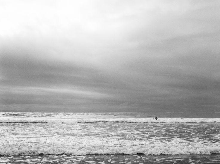 Kodak Tri-X | Mamiya645 | rated at 400. Dev+Scan #carmencitafilmlab #bubblerock #surfers #beach