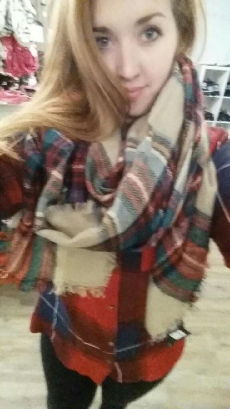 Blanket scarves. Great fashion for fall, winter, and spring.  https://www.facebook.com/kleeboutique/