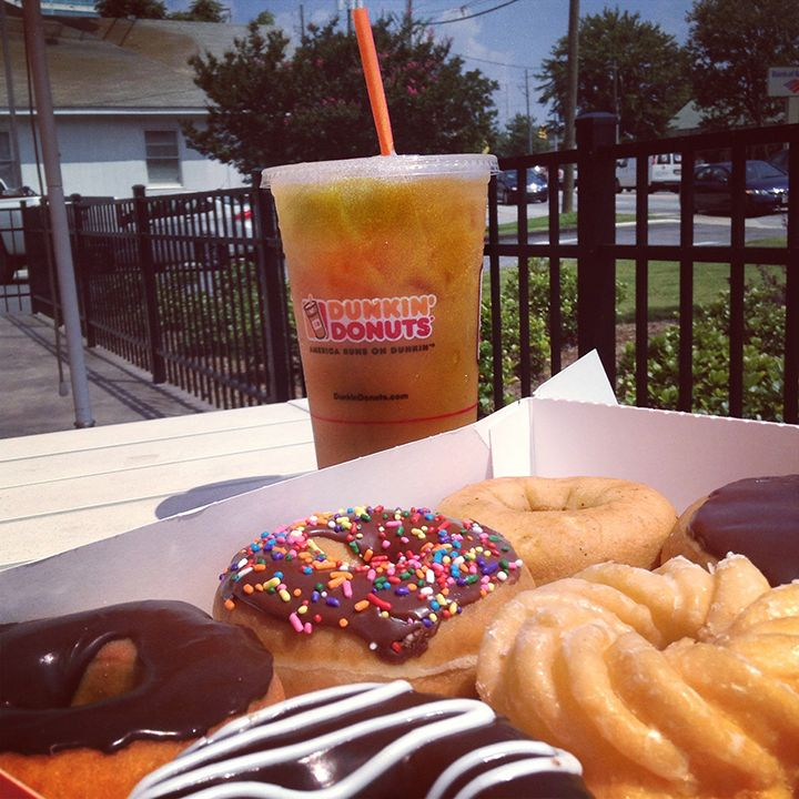strength of dunkin donuts Using the outline of swot – dunkin donuts: strengths and weaknesses (internal focus) order description 1) make a swot analysis regarding dunkin donuts: strengths and weaknesses (internal.
