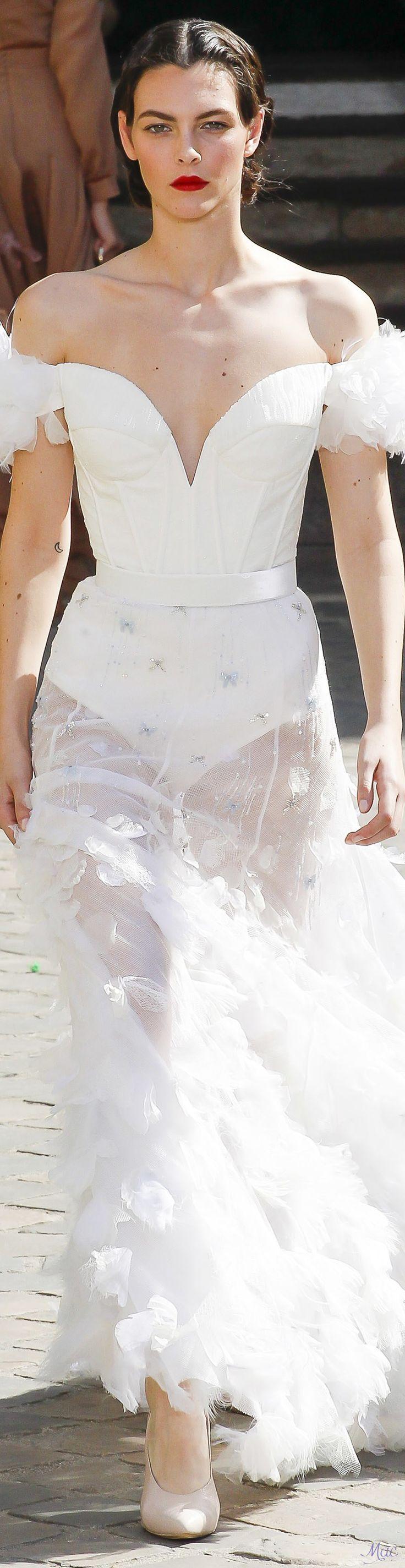 Fall 2017 Haute Couture Ulyana Sergeenko