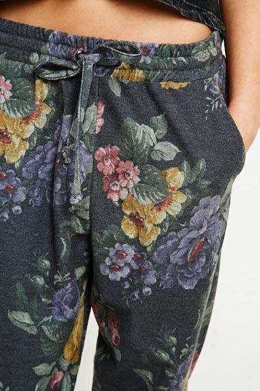 Adorable sweatpants. need.