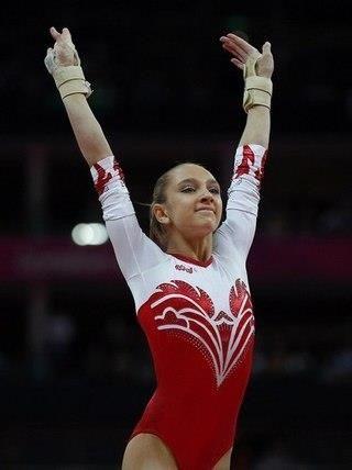 Спортивная гимнастика костюмы для выступлений