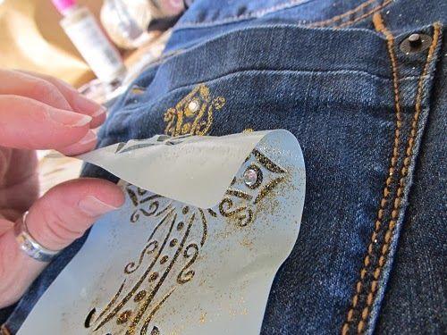 DIY bling jeans – embellished pockets