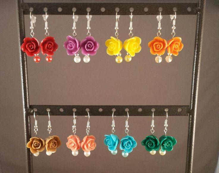 Verschillende soorten roos oorbellen.