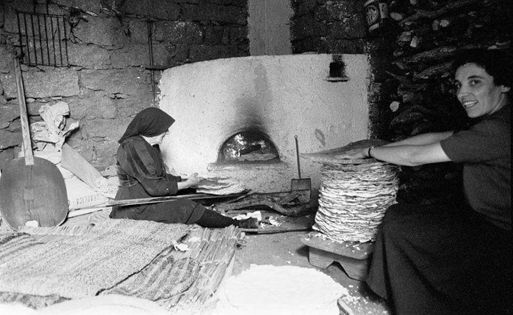 Preparazione del pane carasau