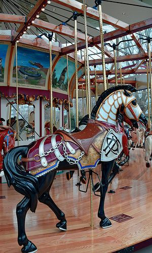 how to make a carousel horse