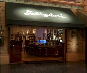 Gallagher's Steakhouse / NYNY Las Vegas (can't wait to try it out...they have the curvy cozy booths we adored at Bill's and Bally's!!)