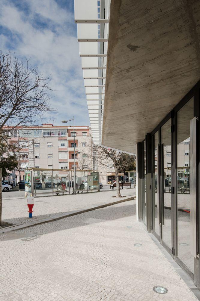 Galeria de Centro Pastoral de Moscavide / Plano Humano Arquitectos - 37