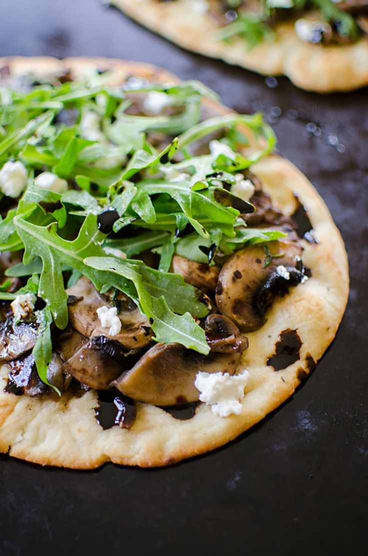 Recipe of the Month: Mushroom, Arugula and Goat Cheese Flatbread by Living Lou