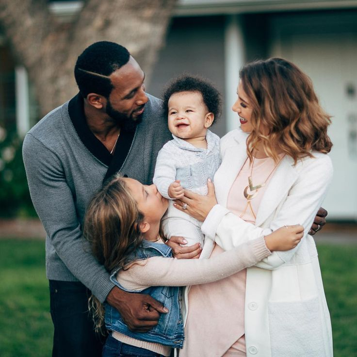 Allison Holker And Stephen Dancing With The Stars Pro Allison Holker And Husband Stephen Twitch Boss From So Interracial Family Cute Family Mixed Families