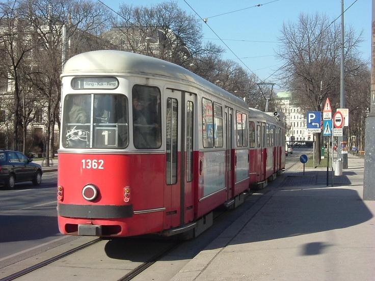 Vienna Tram 2004
