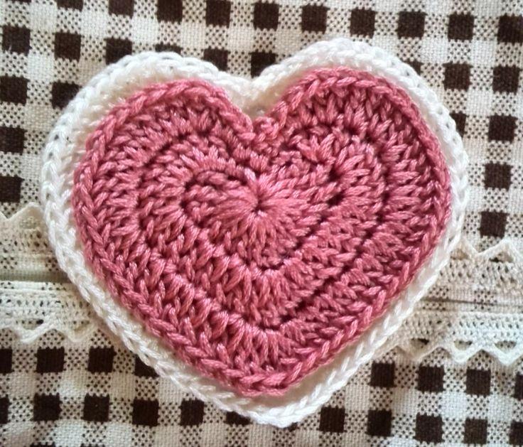 かぎ針編みハートコースターの編み図