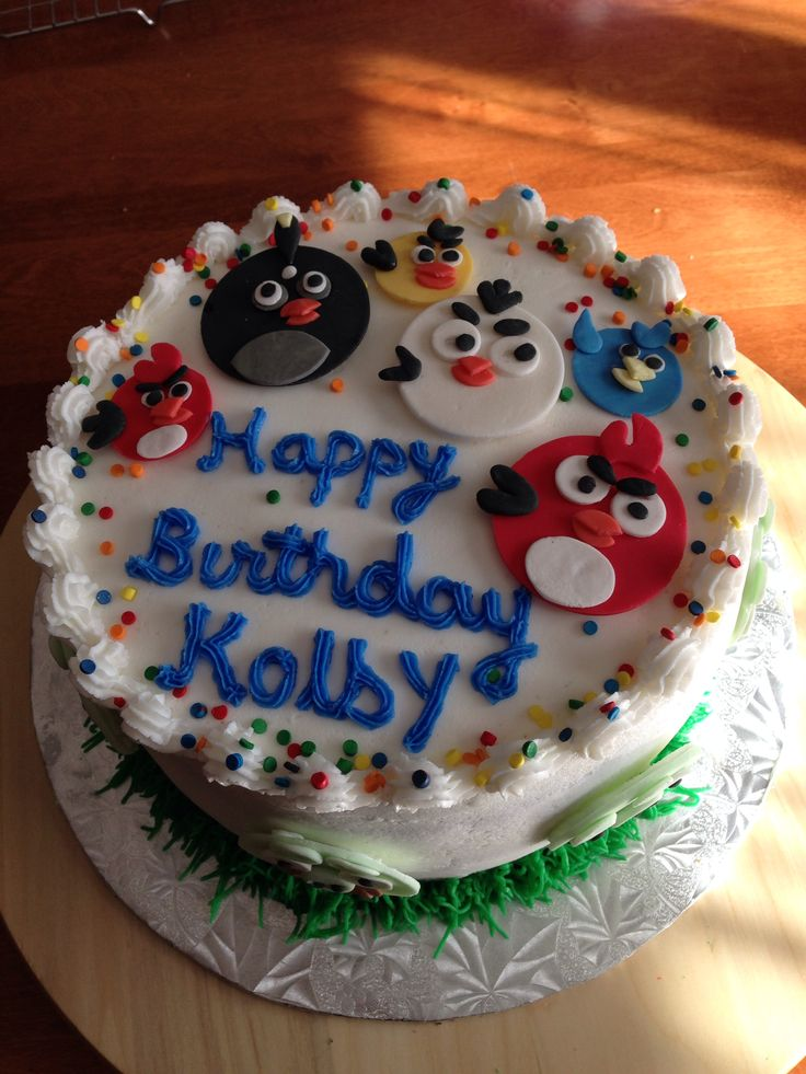 Cake With Fondant Bird : 17 Best images about Red angry bird cake on Pinterest ...