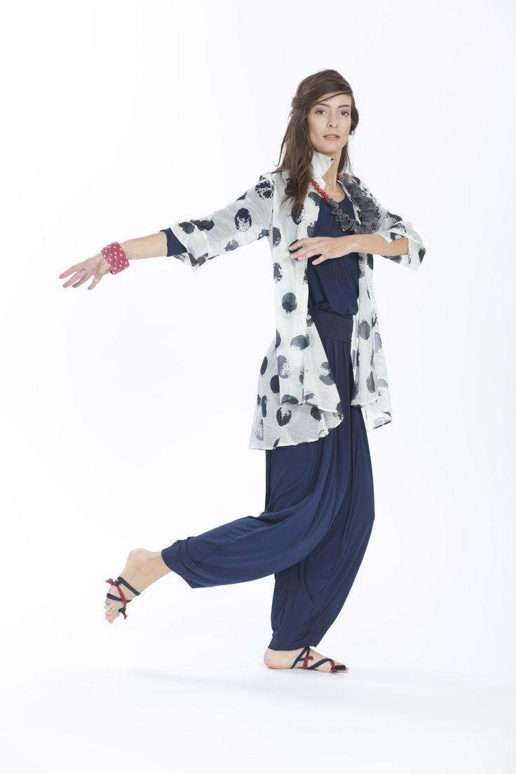 Camicia M14ET359 3121 shop: http://www.martinomidali.com/store/it/catalogsearch/result/?q=M14ET359+3121; T-shirt M14ET455 1127; Pantaloni M14ET455 2100 shop: http://www.martinomidali.com/store/it/pantalone-tagli-7562.html