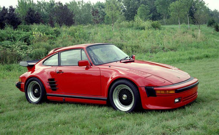 upload.wikimedia.org/wikipedia/commons/7/79/Porsche_911SC_Slantnose_1982_1.jpg