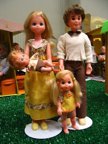 The Sunshine Family...i had these dolls and the playhouse.  Santa brought them to me...I still love him for that.