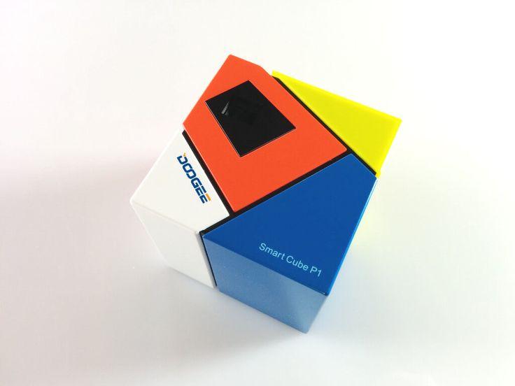 Der DOOGEE P1 ist ein Mini DLP Beamer im Design des bekannten Zauberwürfels. Im Review haben wir uns den Smart Cube P1, der Android 4.4 vorinstalliert hat, näher angesehen.