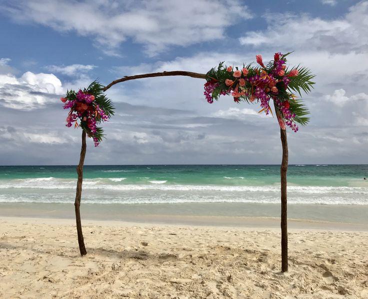 CBG237 wedding tropical colorful flowers for ceremony arch/ arco con flores tropicales y coloridas para ceremonia